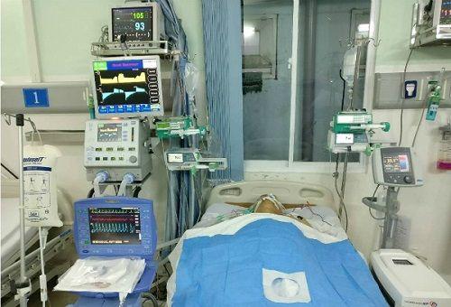 Hành trình nghẹt thở cứu sống người đàn ông 3 lần ngưng tim - Ảnh 1