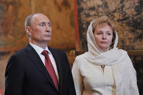 Hé lộ góc khuất về cuộc hôn nhân và hai cô con gái của TT Putin - Ảnh 2