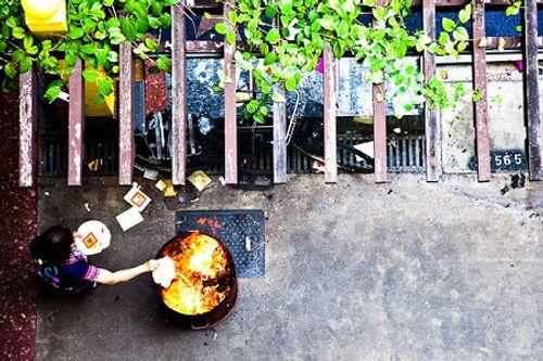 Phong tục cúng cô hồn ở Việt Nam và các nước Á Đông diễn ra thế nào? - Ảnh 12