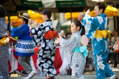 Phong tục cúng cô hồn ở Việt Nam và các nước Á Đông diễn ra thế nào? - Ảnh 8