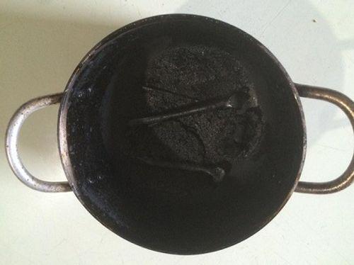 Không thể nhịn cười với thanh niên trổ tài làm món 'gà chết cháy thất truyền của Ngưu Ma Vương' đãi bố mẹ vợ - Ảnh 6