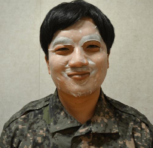 Cách chăm sóc da của binh sĩ Hàn Quốc - Ảnh 2
