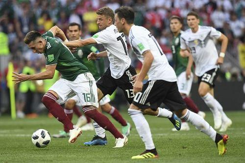Tuyển Đức thua Mexico, người hâm mộ chỉ trích Thủ tướng Merkel - Ảnh 2