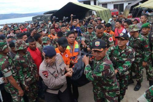 Indonesia: Phà chìm do chở gấp 3 lần trọng tải cho phép, 180 người mất tích  - Ảnh 1