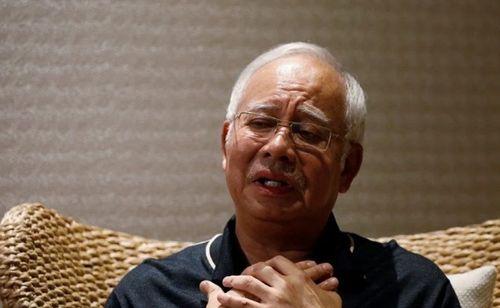 Cựu Thủ tướng Malaysia: Túi hiệu và trang sức xa xỉ của phu nhân chỉ là quà của con rể - Ảnh 1