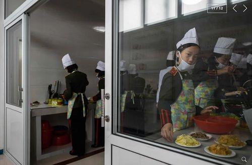 Chùm ảnh trường nam sinh tinh hoa của Triều Tiên khiến cả thế giới ngạc nhiên - Ảnh 10