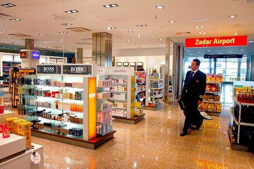 Những sự thật về các cửa hàng miễn thuế tại sân bay khiến nhiều người bất ngờ - Ảnh 2