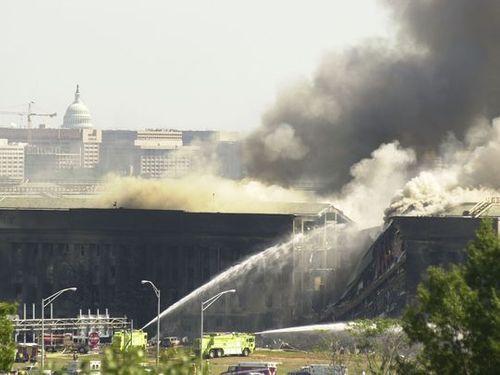 9 tình tiết về ngày 11/9 từng khiến dư luận xôn xao - Ảnh 1