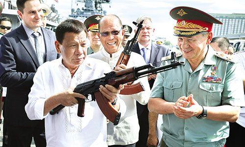 Nga đề nghị xây nhà máy sản xuất súng trường tấn công tại Philippines - Ảnh 1