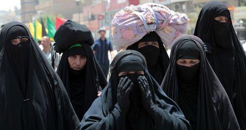 Những nguyên nhân đau lòng khiến phụ nữ Iraq hiếm khi tới xem một trận bóng đá - Ảnh 2