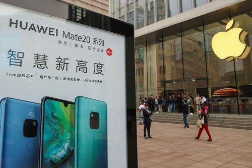Trung Quốc tẩy chay hàng Mỹ sau vụ bắt giữ CEO Huawei - Ảnh 1