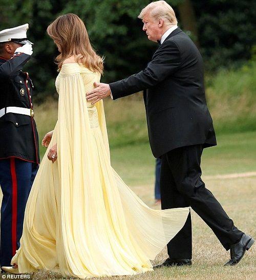 Đệ nhất phu nhân Mỹ được ví như công chúa Disney khi mặc váy 7.000 USD - Ảnh 3