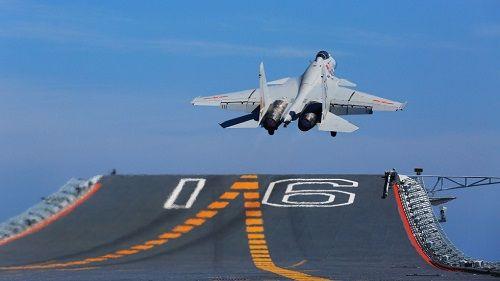 Trung Quốc đẩy mạnh phát triển chiến đấu cơ mới cho tàu sân bay  - Ảnh 1