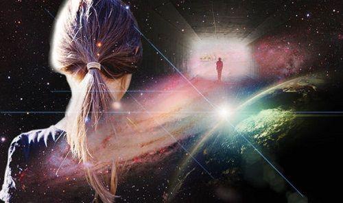 Bí ẩn cuộc sống sau cái chết: Cô gái trẻ tuyên bố hiểu hết về vũ trụ sau trải nghiệm cận tử   - Ảnh 1