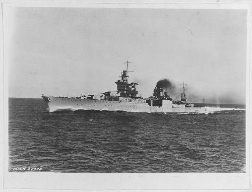Số phận bi thảm của chiến hạm chở bom hạt nhân Mỹ tại hàm cá mập - Ảnh 1