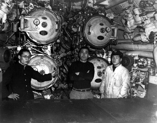 Số phận bi thảm của chiến hạm chở bom hạt nhân Mỹ tại hàm cá mập - Ảnh 13