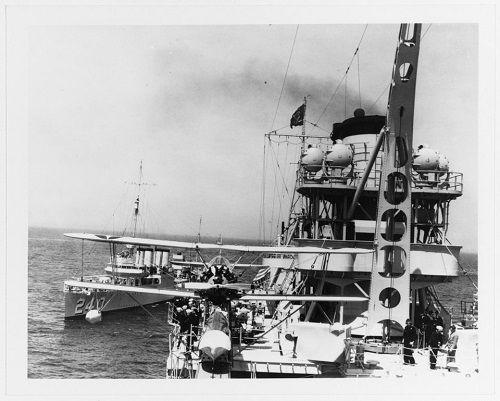 Số phận bi thảm của chiến hạm chở bom hạt nhân Mỹ tại hàm cá mập - Ảnh 4