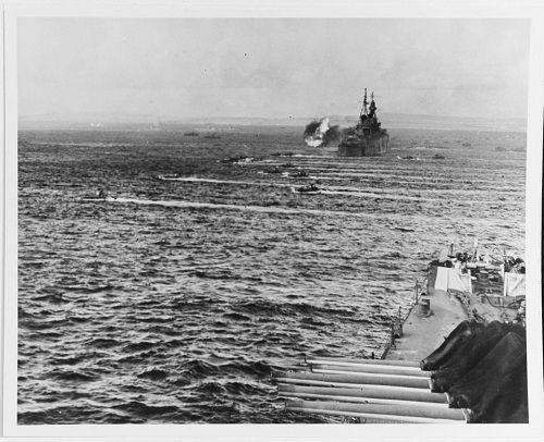 Số phận bi thảm của chiến hạm chở bom hạt nhân Mỹ tại hàm cá mập - Ảnh 7