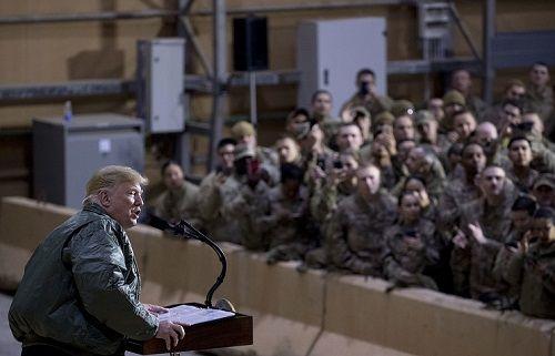 Quan chức Nga: Sau khi rút quân, Mỹ sẽ kiểm soát Syria bằng lệnh trừng phạt - Ảnh 1