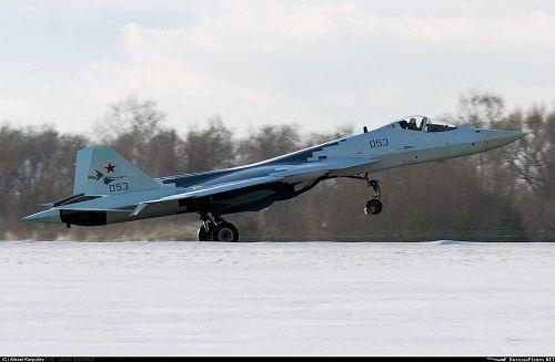 Nga: Tiết lộ những hình ảnh đầu tiên của chiến đấu cơ tàng hình 'Thợ săn'  - Ảnh 1