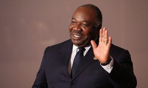 Tổng thống ra nước ngoài chữa bệnh, quân đội Gabon chớp thời cơ đảo chính - Ảnh 1