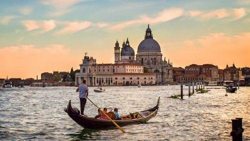 Điểm đến mùa Valentine: Hội An lọt top những địa điểm lãng mạn nhất thế giới do CNN bình chọn - Ảnh 10