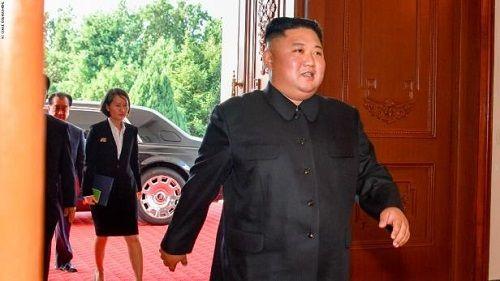 Ông Kim Jong-un và những chiếc siêu xe triệu USD có thể mang đến Việt Nam - Ảnh 2