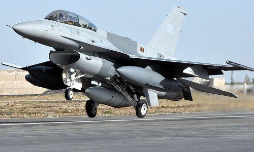 Pakistan trả đũa bắn hạ 2 máy bay Ấn Độ, bắt giữ 1 phi công  - Ảnh 1