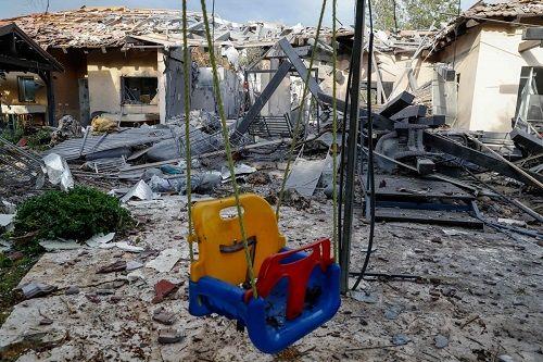 Tên lửa từ Gaza tấn công Tel Aviv, Thủ tướng Israel doạ phản ứng mạnh - Ảnh 1