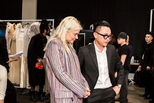 """Choáng với dàn mẫu """"khủng"""" xuất hiện trong show Công Trí tại New York Fashion Week - Ảnh 1"""