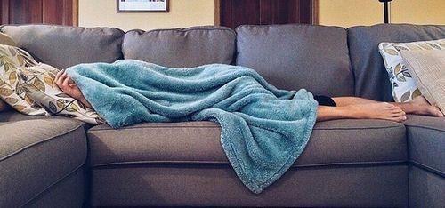 4 thói quen nguy hiểm cần loại bỏ ngay khi ngủ vào mùa đông - Ảnh 1