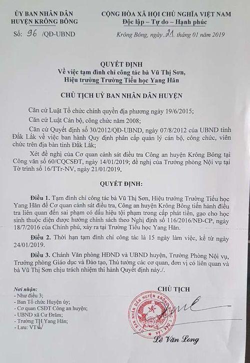 Đắk Lắk: Cắt xén tiền hỗ trợ cho học sinh nghèo, hiệu trưởng bị đình chỉ công tác - Ảnh 1