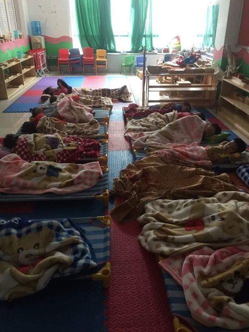 """MN Happy Feet Montessori Nam Từ Liêm hoạt động """"chui"""": PGD đình chỉ hoạt động để """"né"""" trách nhiệm? - Ảnh 2"""