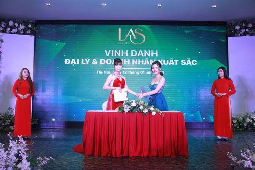 Nguyễn Thu Hằng – Từ hai bàn tay trắng đến giám đốc kinh doanh của thương hiệu Las Beauty - Ảnh 1