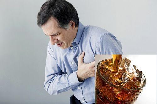 Soda và nước uống trái cây dành cho ăn kiêng có khả năng gây đột quỵ - Ảnh 1