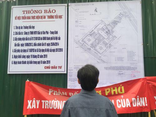 Vụ CC Home City 177 Trung Kính bị bịt lối đi: Chủ đầu tư Văn Phú nói không ai đổ trộm phế liệu? - Ảnh 4