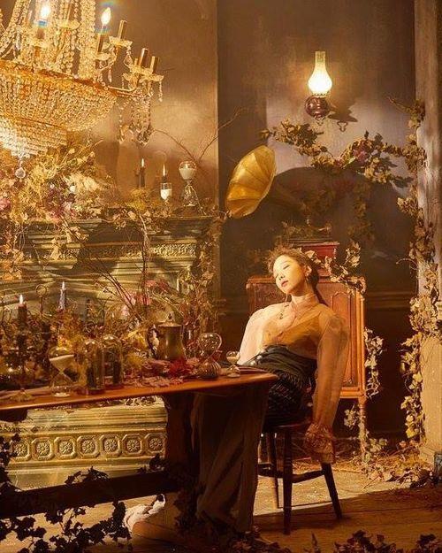 Tae Yeon đẹp tựa nữ thần trong MV mới - Ảnh 2