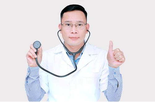 Chuyện một bác sĩ rong ruổi khắp khắp miền khám bệnh miễn phí cho trẻ em - Ảnh 3
