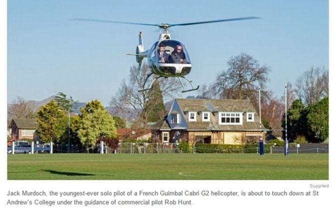 Sốc với cậu học sinh 17 tuổi tự lái máy bay trực thăng đến trường - Ảnh 1