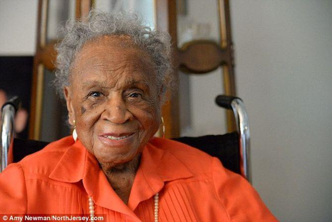 Cụ bà 110 tuổi sống thọ nhờ uống 3 cốc bia mỗi ngày
