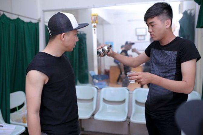 """Trấn Thành tập hát cùng """"mỹ nam"""" Noo Phước Thịnh  - Ảnh 6"""