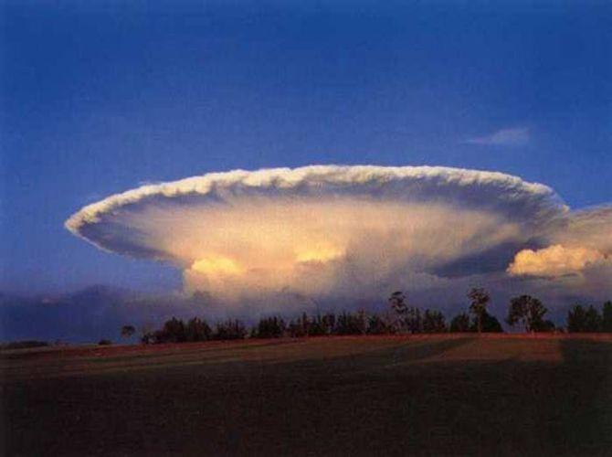 10 hiện tượng thiên nhiên kỳ lạ nhất - Ảnh 23