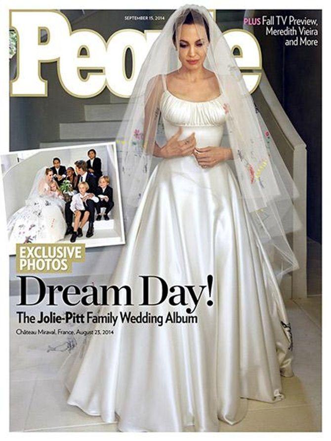 Ngắm Angelina Jolie và Brad Pitt hạnh phúc trong lễ cưới - Ảnh 1