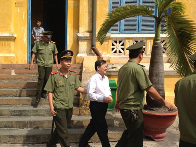 Con đường tù tội của nguyên chủ tịch huyện Hóc Môn - Ảnh 4