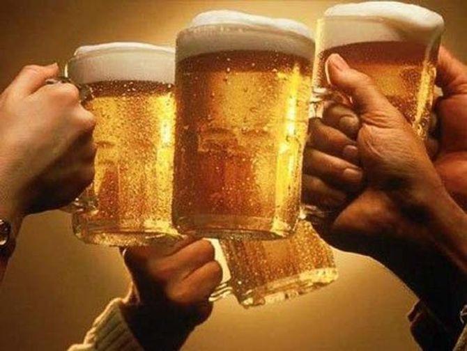 Lợi ích sức khỏe bất ngờ từ bia - Ảnh 1