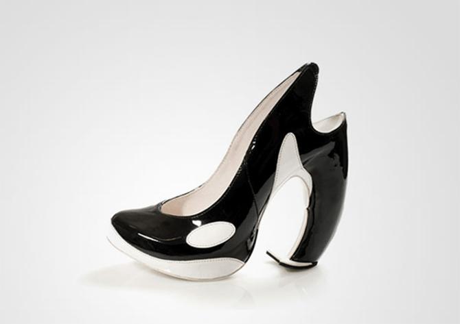 """Xem 10 mẫu giày cao gót """"độc nhất vô nhị"""" trên thế giới - Ảnh 1"""