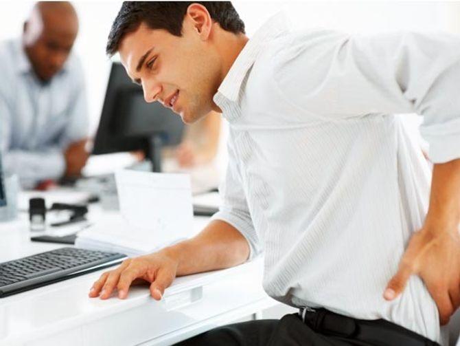 Ảnh hưởng khôn lường của laptop đến sức khỏe ai cũng cần biết