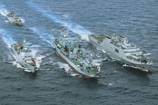 TQ cử 3 tàu chiến tìm máy bay mất tích ngoài khơi Australia
