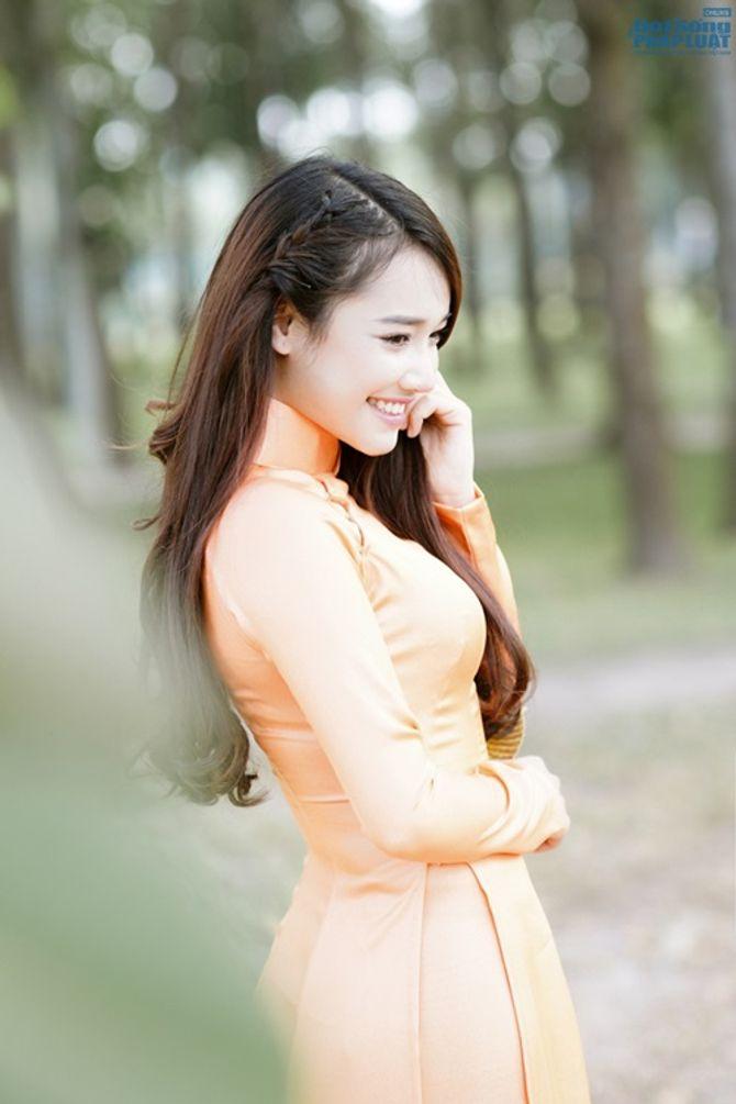 Nhã Phương được báo Hàn Quốc khen xinh đẹp, diễn xuất tốt - Ảnh 6