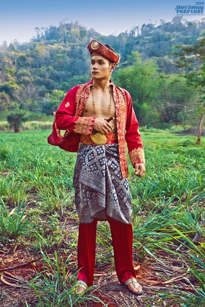 Hữu Vi nổi bật với trang phục dân tộc tại Mister Global 2014 - Ảnh 4